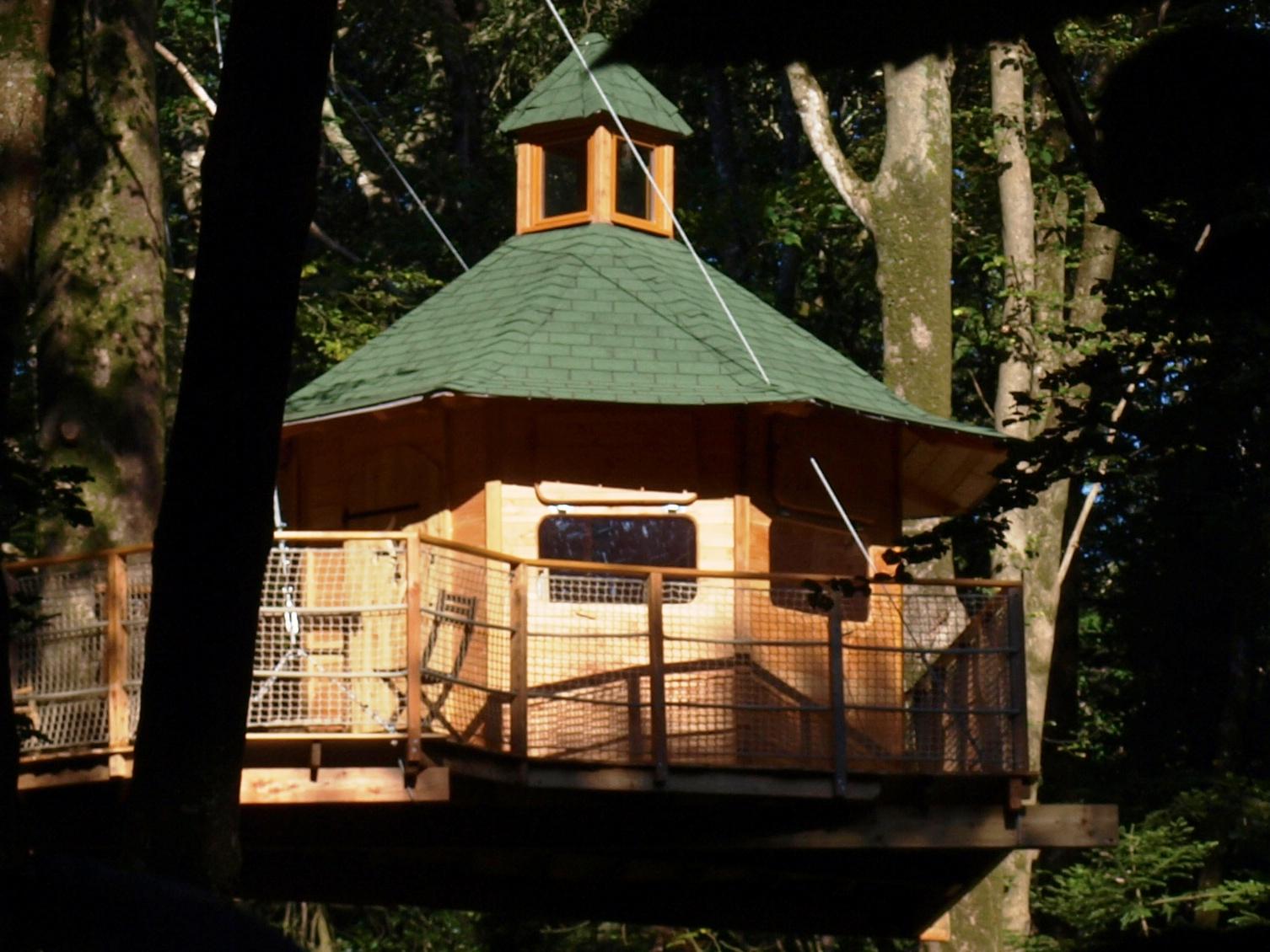 La cabane dans les arbres Vigie