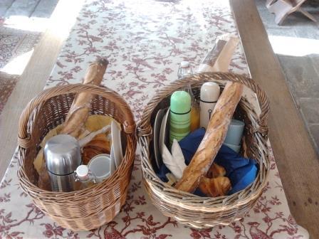 Panniers petits dejeuners cabanes 1